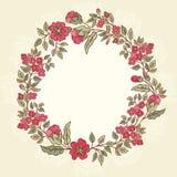 Vector o cartão do vintage com um ramalhete das flores da garatuja e o quadro para o texto no fundo listrado retro Imagem de Stock Royalty Free