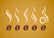 Vector o grupo de feijões de café com vapor Fotos de Stock Royalty Free