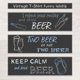 Vector o grupo engraçado tirado mão da cerveja do vintage de t Fotografia de Stock