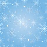 Vector o teste padrão sem emenda com os flocos de neve no fundo azul Fotografia de Stock