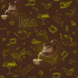 Vector o teste padrão sem emenda em um esboço escuro do fundo dos artigos para o tea party bule 3d e copo, doces, limão, pires Foto de Stock