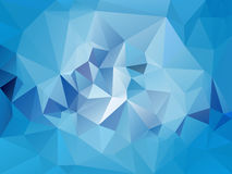 Vector onregelmatige veelhoekachtergrond met een driehoekspatroon in lichte hemel blauwe kleur Royalty-vrije Stock Foto's