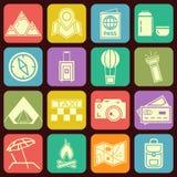 Vector plano moderno de los iconos que viaja y que acampa ilustración del vector