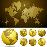 Vector punktierte Karte und Kugel der Welt - Gold Stockfotografie