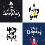 Vector raccolta delle carte del nuovo anno e di Natale con iscrizione disegnata a mano Immagini Stock Libere da Diritti