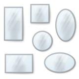 Vector realistische die spiegels met onscherpe bezinning worden geplaatst Royalty-vrije Stock Foto's