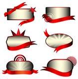 Vector reeks luxe metaaletiketten met rode bann Royalty-vrije Stock Afbeeldingen