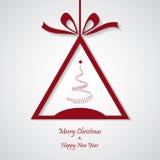 Vector rode Kerstmisachtergrond met boom besnoeiingsdocument ontwerp Stock Afbeelding