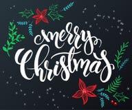 Vector a rotulação tirada mão - Feliz Natal - com elementos decorativos da garatuja - flor da poinsétia, ramo e Imagem de Stock