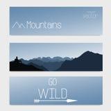 Vector Schablone von drei Titeln mit Himmel und Bergen Unscharfer Hintergrund Stockfotografie