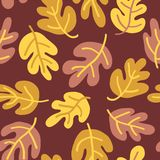 Autumn pattern of fall leaves Vector seamless. Oak leaf seaonal background orange, yellow, gold for textile, digital paper,. Wallpaper, web banner, invitation royalty free illustration
