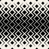 Vector Seamless BW Rhombus Grid Chevrone Halftone Pattern Royalty Free Stock Photography