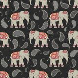 Vector seamless pattern with indian decorated elephants. vector illustration