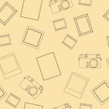 Vector seamless pattern with retro photo, camera, film, frame, picture, card. Vector seamless pattern with Royalty Free Stock Images