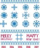 Vector Sneeuwvlokken in Kerstmis en het Nieuwjaar van de pixelstijl   Royalty-vrije Stock Afbeeldingen