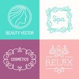 Vector spa en schoonheidsmiddelenemblemen Stock Afbeeldingen