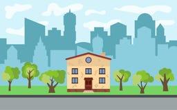 Vector Stadt mit zweistöckigem Karikaturhaus und grüne Bäume am sonnigen Tag Lizenzfreie Stockfotografie