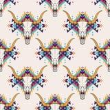 Vector stammen naadloos patroon met stierenschedel en decoratief etnisch ornament Royalty-vrije Stock Fotografie