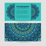 Vector uitstekend adreskaartje Mandala Design Sierkrabbelachtergrond Vector Illustratie