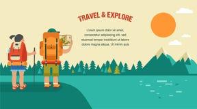 Vector uitstekende achtergrond met backpackers, bos Royalty-vrije Stock Afbeeldingen