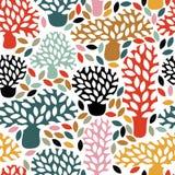 Vector veelkleurig naadloos patroon met hand getrokken krabbelbomen Royalty-vrije Stock Afbeeldingen