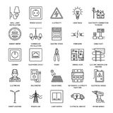 Vector vlakke de lijnpictogrammen van de elektriciteitstechniek Elektromateriaal, machtscontactdoos, gescheurde draad, energiemet Royalty-vrije Stock Foto's