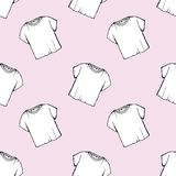 Vector white t-shirt seamless pattern. laundry design. clearance dry cleaning. packaging. drawing net white t-shirt. pink girlish. Vector white t-shirt seamless vector illustration