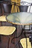 Vector y sillas del café foto de archivo