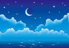 Vector zeegezicht met wolken, maan en sterren Royalty-vrije Stock Afbeeldingen
