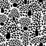 Vector zwart-wit naadloos patroon met hand getrokken krabbelbomen Royalty-vrije Stock Fotografie