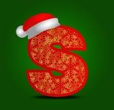 Vectoralfabetbrief S met Kerstmishoed en gouden sneeuwvlokken Stock Foto