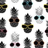 Vectorananassen die kleurrijke zonnebril dragen Stock Foto's