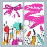 Vectorbanners met krabbelillustratie van make-upschoonheidsmiddelen en lippenstiftvlekken Schoonheid en make-upachtergrond stock illustratie
