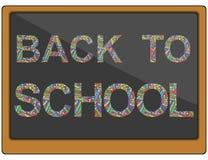 Vectordietekst terug naar school van kleurenkleurpotloden wordt gemaakt op een bord Stock Foto