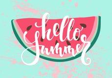 vectordruk met watermeloen De inschrijving, het van letters voorzien Hello de zomer royalty-vrije illustratie