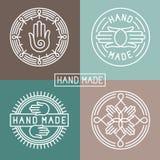 Vectorhand - gemaakt etiket in overzichts in stijl vector illustratie