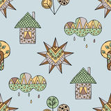 Vectorhand getrokken naadloos patroon, decoratief gestileerd kinderachtig huis, boom, zon, wolk, de stijl van de regenkrabbel, gr Royalty-vrije Stock Foto