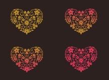 Vectorillustratie van een gouden roze hart met bloemenornament Royalty-vrije Stock Afbeelding