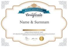 Vectorillustratie van goud gedetailleerd certificaat Royalty-vrije Stock Afbeeldingen