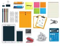 Vectorillustratie van kantoorbehoeften de vastgestelde pictogrammen op witte backg Stock Fotografie