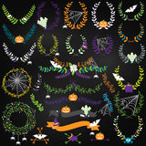Vectorinzameling van Halloween Bloemen, Laurels en Kronen stock illustratie