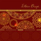 Vectorkaart met gouden mandala Het kan voor prestaties van het ontwerpwerk noodzakelijk zijn Etnisch decor royalty-vrije illustratie