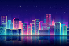 Vectornachtstad met de illustratie van de neongloed Royalty-vrije Stock Afbeeldingen