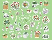 Vectorreeks gekleurde stickers met tuinhulpmiddelen, bloemen, kruiden, installaties vector illustratie