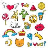 Vectorreeks koele stickers, flarden met voedsel en de zomersymbolen Vector Illustratie