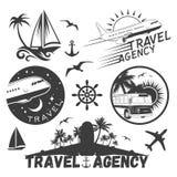 Vectorreeks reis en vervoersetiketten in uitstekende stijl Stock Foto's