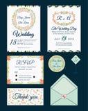Vectorreeks uitnodigingskaarten met mede het Huwelijk van bloemenelementen Stock Fotografie