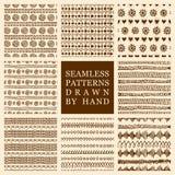 Vectorreeks van hand getrokken naadloos die patroon met inkt wordt gemaakt Texturen uit de vrije hand voor stof, polygraphy, Webo stock illustratie