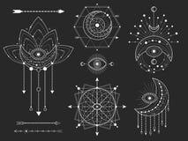 Vectoruitrusting Heilige geometrische en natuurlijke symbolen op zwarte achtergrond De abstracte mysticus ondertekent inzameling stock illustratie