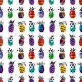 Vectorwaterverf naadloos patroon met kleurrijke regenboogananas en zwarte hand-drawn elementen Op witte achtergrond Stock Fotografie